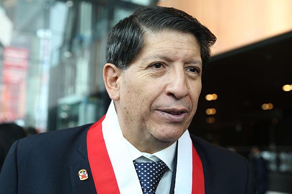 Proceso electoral al Congreso continúa su marcha, dice magistrado TC Carlos Ramos