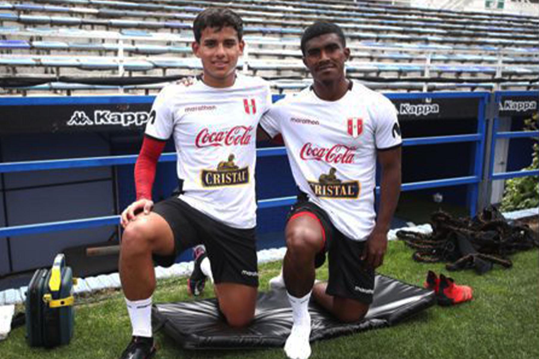 La primera opción: Jhilmar Lora se perfila como reemplazante de Luis Advíncula en el Perú vs Argentina