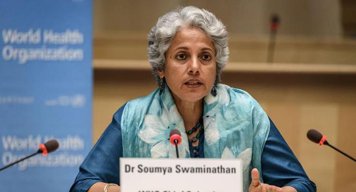 Científica en jefe de la OMS dice que la gente joven tendrá que esperar hasta 2022 para vacunarse