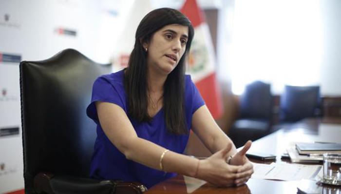 Congreso rechaza moción de censura contra María Antonieta Alva
