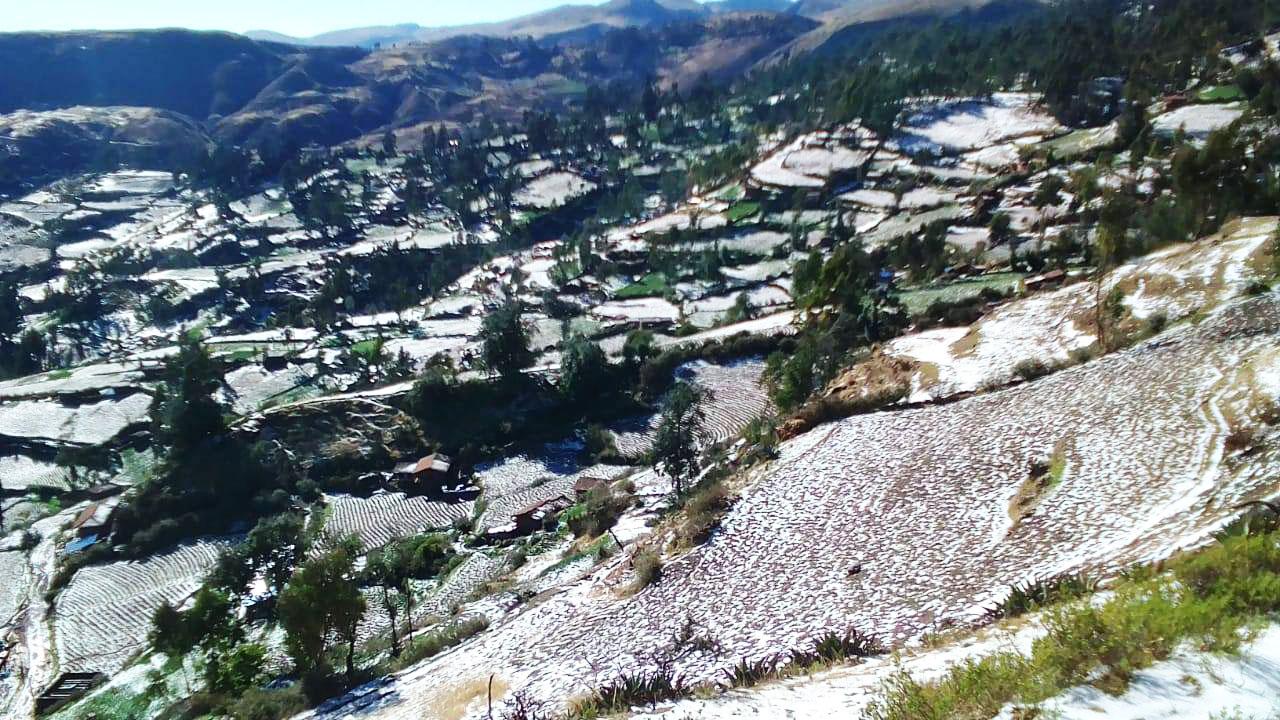 Granizada azoto sembríos de en Huancaray Chicmo de Chicmo y Uranmarca.