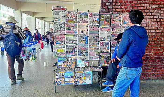 Medios de comunicación cumplen un rol esencial en el sistema democrático, afirma la Defensoría