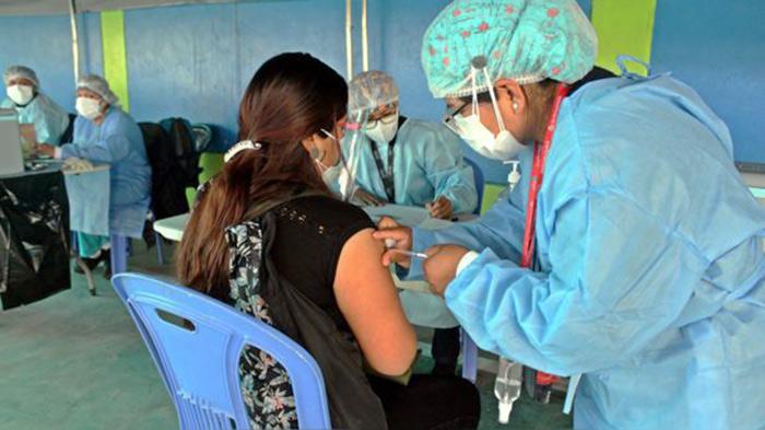 Arequipa: personas mayores de 29 años ya se pueden inmunizar