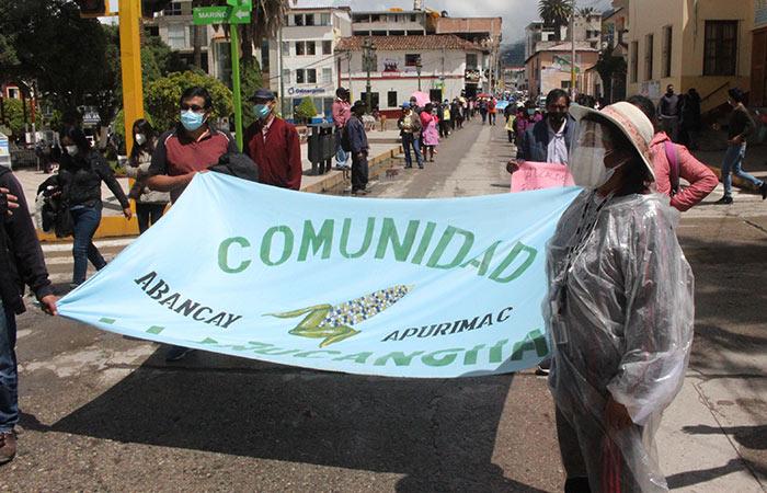Comunidades altas de ciudad de Abancay rechazan construcción de relleno sanitario en Soccllaccassa