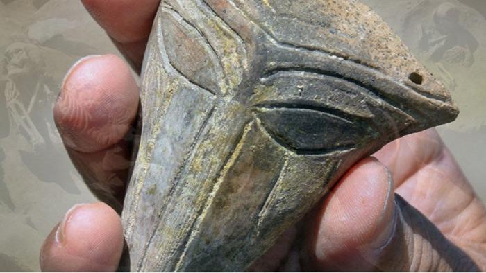 Arqueólogos encuentran una máscara