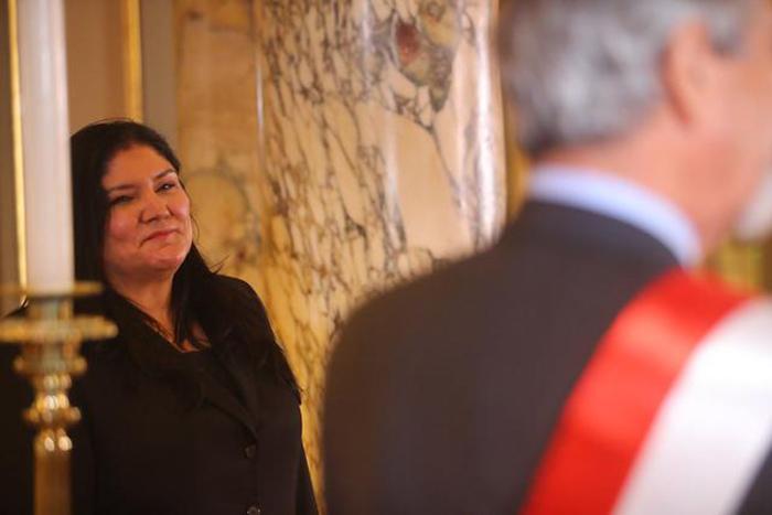 Nuria Esparch es la flamante ministra de Defensa