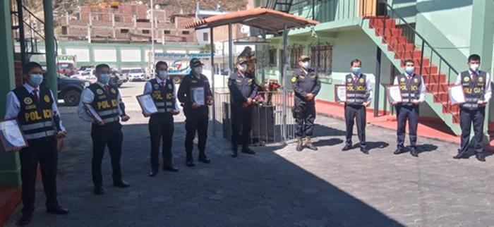 Reconocen a policías que destacaron en diferentes intervenciones en Andahuaylas y Chincheros