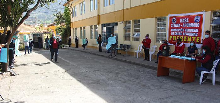 Trabajadores de la Diresa llaman corrupto a Baltazar Lantarón por apoyar a médico Julio César Rosario