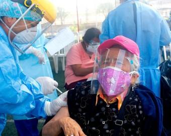Ugarte: este fin de semana iniciamos vacunación de mayores de 65 años