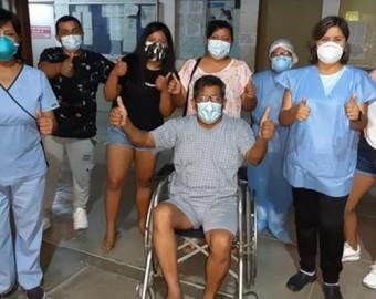 Ica: jefe de UCI del Hospital San José de Chincha recibe el alta médica tras vencer al COVID-19
