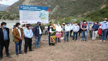 MTC inició construcción del puente Pampas que unirá Ayacucho y Apurímac