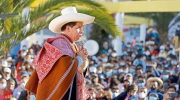 """Pedro Castillo: """"Nos vamos a comprar el pleito para recuperar el gas de Camisea para todos los peruanos"""""""