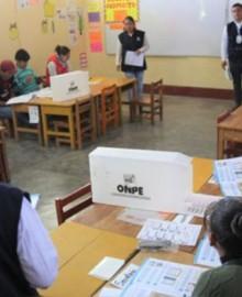 Comisión de Constitución aprueba dictamen que suspende elecciones primarias en partidos para 2022