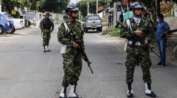 Ataque con coche bomba atribuido a ELN dejó 36 heridos en base militar en Colombia