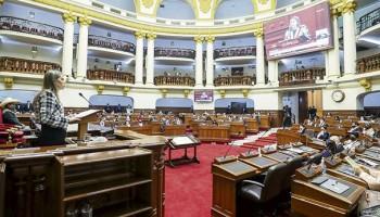 79 congresistas votaron a favor de la ruptura del equilibrio de poderes