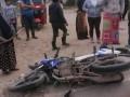 Camión FUSO atropella a motociclista y se da a la fuga