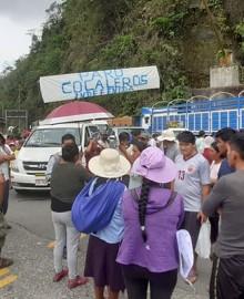 Puno: cocaleros bloquean puente Inambari en rechazo a la erradicación de la coca