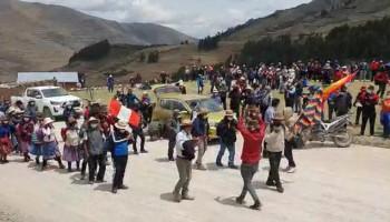 Población acata primer día de paro indefinido en Cotabambas