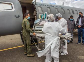 En avión de la FAP trasladan a bebé de 20 días de nacida a hospital de Lima